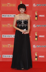 South Korean actress Lee poses for the media at the 8th Korea Film Awards in Seoul