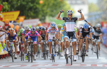 """Leopard Trek rider Daniele Bennati of Italy wins the 20th stage of the Tour of Spain """"La Vuelta"""" cycling race between Bilbao and Vitoria"""