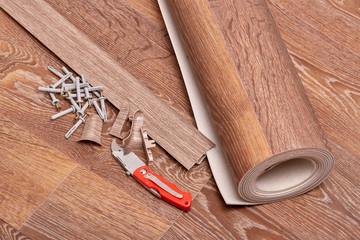 Repair of a floor covering.