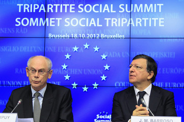 European Council President Herman Van Rompuy and European Commission President Jose Manuel Barroso attend a news conference after a tripartite social meeting ahead of a two-day European Union leaders summit in Brussels