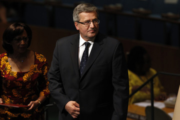 Poland's President Komorowski walks on stage to address 67th United Nations General Assembly at the U.N. Headquarters in New York