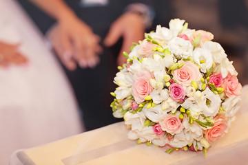 Obraz bukiet ślubny - fototapety do salonu