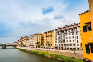 Sur les quais de l'Arno à Florence