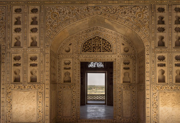 Foto auf Leinwand Befestigung Unisque architectural details of stone carving patten in the Agra Fort. India.