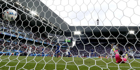 Czech Republic vs Croatia - EURO 2016 - Group D