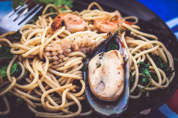 thai food pasta stir fried spicy spaghetti seafood
