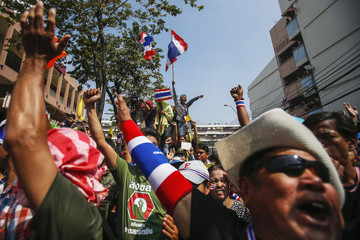 Anti-government protesters participate in rally at Dindang police station, near Thai-Japan Youth Stadium in Bangkok