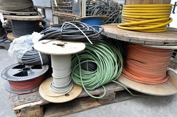 Kabelschrott / Alte Elektrokabel