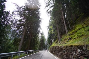 Straße in Tirol