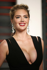 Model Kate Upton arrives at the Vanity Fair Oscar Party in Beverly Hills