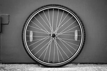 Photo sur Aluminium Bicycle wheel