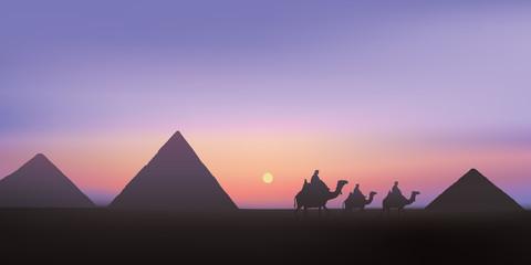 pyramides - Égypte - Gizeh - monument - tourisme - paysage - désert - coucher de soleil,