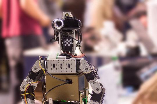 Roboter mit Webcam