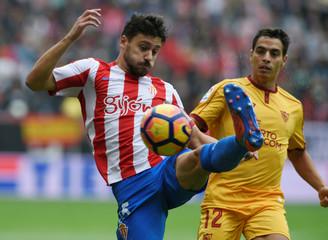 Football Soccer - Spanish Liga Santander - Sporting Gijon v Sevilla