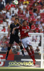 Benfica's Matic challenges Gil Vicente's Moraes during their Portuguese Premier League soccer match at Luz stadium in Lisbon