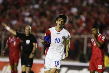 Costa Rica's Ruiz celebrates after scoring against Panama during their 2014 World Cup qualifying soccer match in Panama City