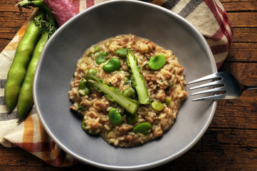 Risotto Asparagus officinalis Vicia faba