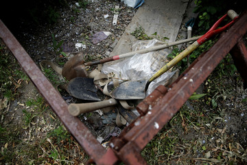 The Wider Image: Mass graves in the heart of New York