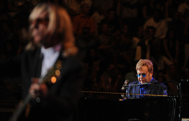 """British singer Elton Jonh performs during his """"Believe"""" concert at the Chavon Amphitheater in La Romana"""