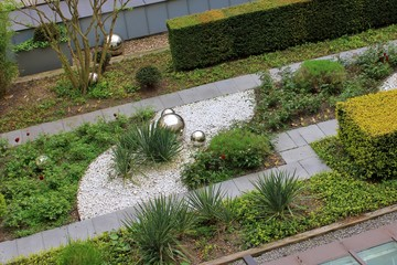Roof garden with decorative, silver which balls