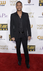 Actor Cuba Gooding Jr. arrives at the 19th annual Critics' Choice Movie Awards in Santa Monica