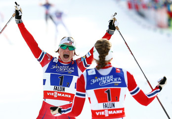 Team Norway celebrates winning the women's free team sprint 6 x 1.2 km relay final at the Nordic World Ski Championships in Falun