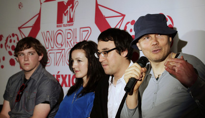 The Smashing Pumpkins attend news conference in Mexico City