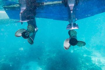 Engine speedboat propeller parked
