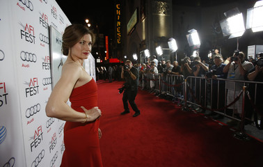 """Hahn poses at the premiere of """"The Secret Life of Walter Mitty"""" during AFI Fest in Hollywood"""