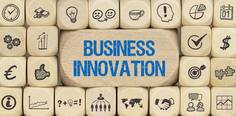 Business Innovation / Würfel mit Symbole