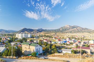 Вид на горы и город Судак в Крыму