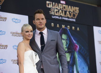 "Cast member Pratt and his wife, actress Faris pose at the premiere of ""Guardians of the Galaxy"" in Hollywood"