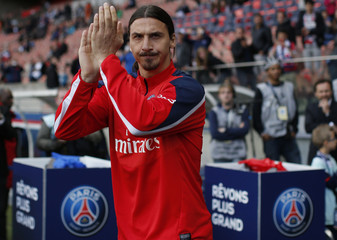Paris St Germain's Ibrahimovic arrives on the pitch before his team's French Ligue 1 soccer match against Stade Rennes' at Parc des Princes stadium in Paris