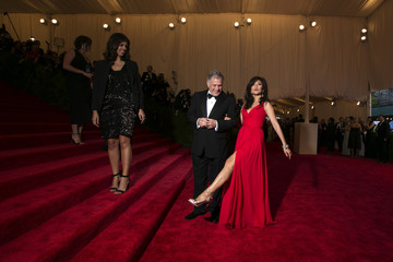 Leslie Moonves, president and chief executive officer of CBS Corp. arrives with his wife, Julie Chen, at the Metropolitan Museum of Art Costume Institute Benefit in New York