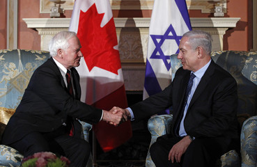 Canada's GG Johnston shakes hands with Israel's PM Netanyahu during a meeting at Rideau Hall in Ottawa