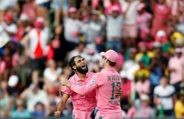 Cricket - South Africa v Sri Lanka - Third One Day International cricket match