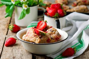 strawberry dark chocolate chunk wheat scones