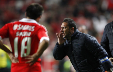 Porto's coach Pereira reacts during their Portuguese premier league soccer match against Benfica in Lisbon
