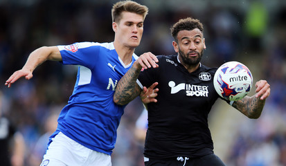 Chesterfield v Wigan Athletic - Sky Bet Football League One