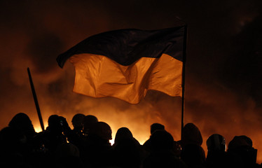 Pro-European protesters hold a rally in Kiev