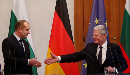 German president Joachim Gauck and his Bulgarian counterpart Rumen Radev attend a press conference at the Bellevue presidential palace in Berlin