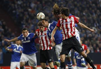 Athletic Bilbao's Llorente scores a goal against Schalke 04 during their Europa League soccer match in Gelsenkirchen