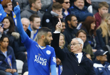 Leicester City v Swansea City - Barclays Premier League