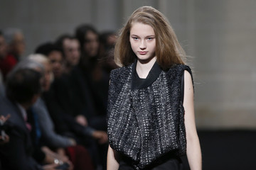 A model presents a creation by Korean designer Moon Young Hee as part of her Spring/Summer 2016 women's ready-to-wear fashion collection in Paris