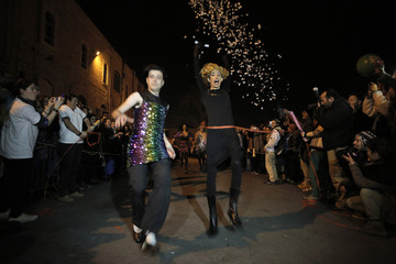 Drag queens take part in the Drag Race in central Jerusalem