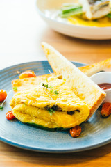 Spanich omelet in plate