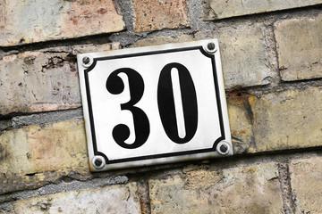 Hausnummer dreißig