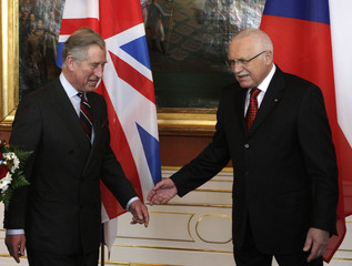 Czech President Klaus welcomes Britain's Prince Charles in Prague