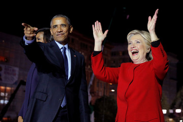 U.S. Democratic presidential nominee Hillary Clinton is joined by U.S. President Barack Obama at a campaign rally on Independence Mall in Philadelphia