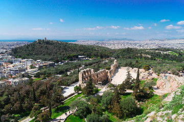 Fototapete - cityscape of Athens of Herodes Atticus amphitheater of Acropolis, Athens, Greece